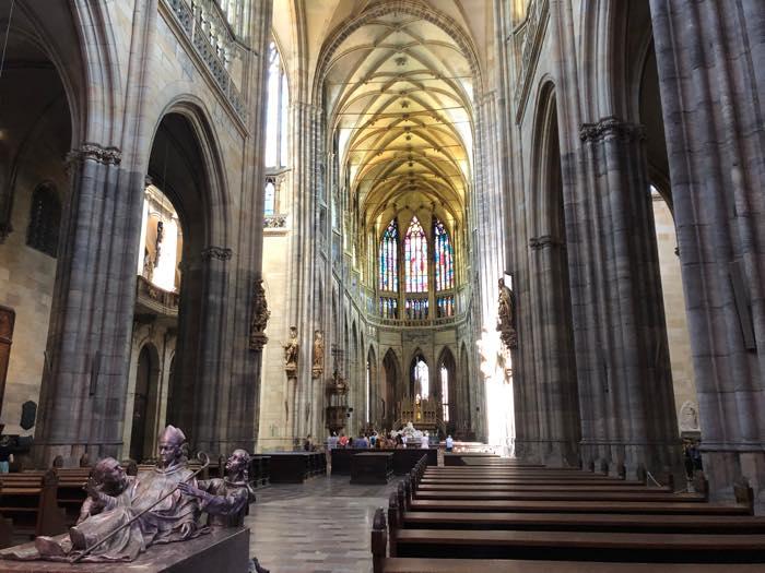 プラハ城の教会