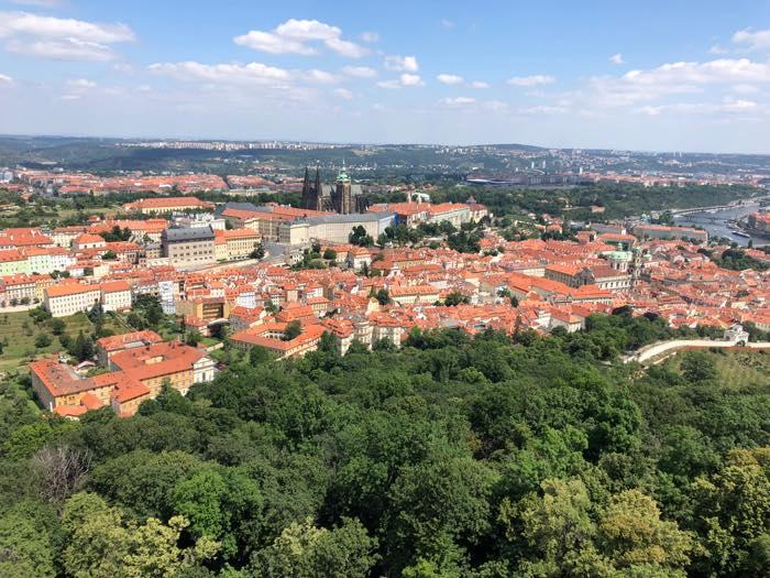 プラハの街並みを一望